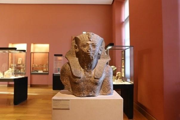 11111038 Paris-巴黎羅浮宮Musee du Louvre 藝術殿堂眼花撩亂看不完 一馬當先看蒙娜麗莎