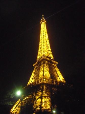 1322398029-3900424273-e1438729401317 Paris-Eiffel Tower巴黎鐵塔