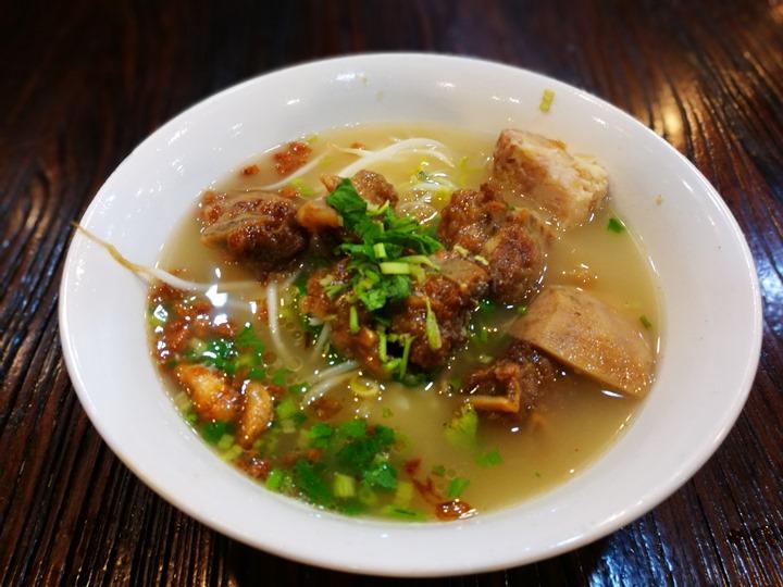 chutungchiu05 竹北-竹東邱記排骨酥麵 排骨酥湯夠味