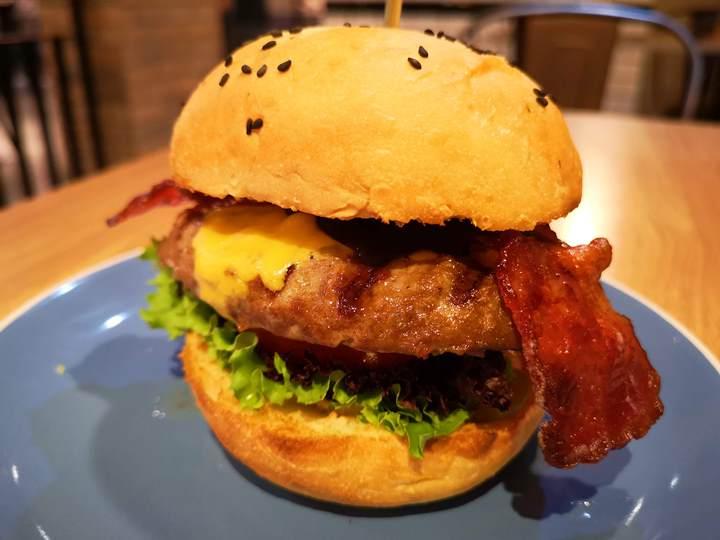 fanier09 竹北-Fanier 費尼 竹北也有好吃的漢堡店囉!!早午餐也不賴