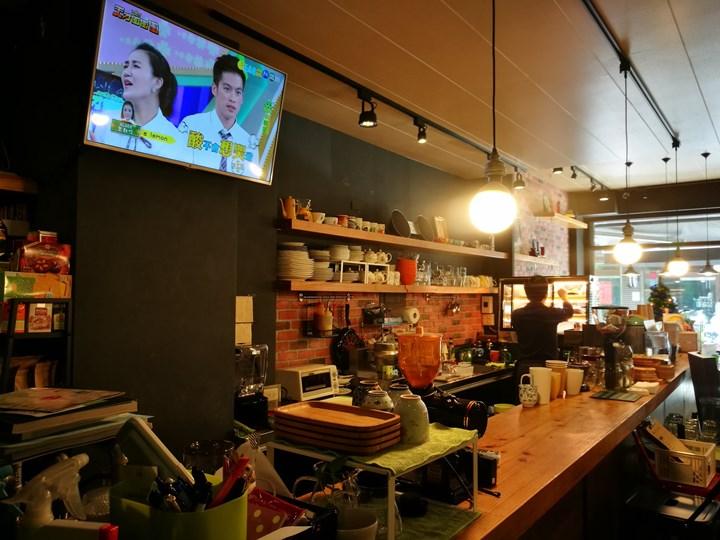 lottoo0102 中壢-想想Caffee*Lottoo 輕鬆舒適的小咖啡館