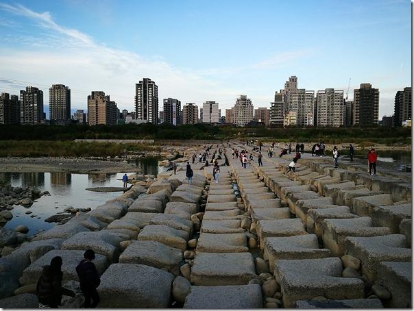 hsinchu-tofurock21_thumb 新竹-IG熱點豆腐岩 頭前溪看兩岸美景