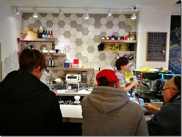 gugucoffee0112_thumb 中壢-GuGu Cofee祖厝咖啡 健行旁的小店一杯手沖一本書溫暖舒適