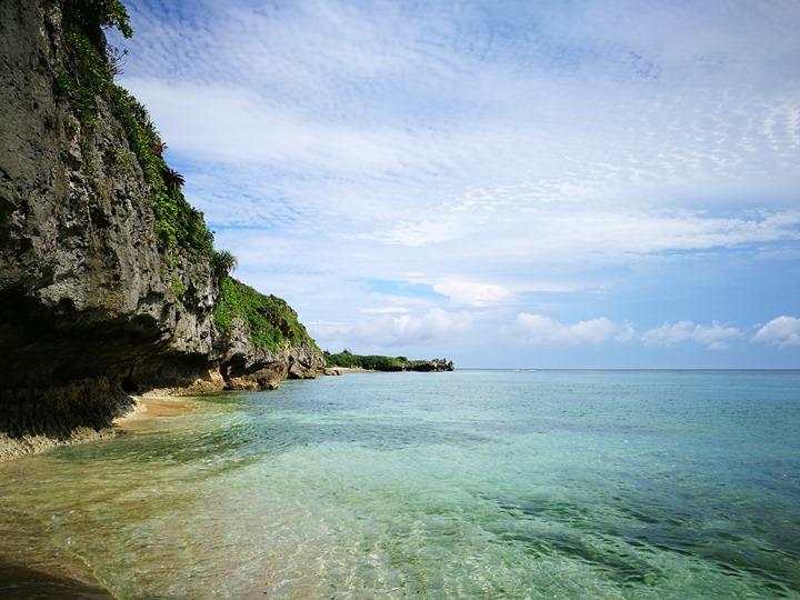 bisenowarumi010108 Okinawa-備瀬のワルミ備瀨一線天 通往聖地的入口
