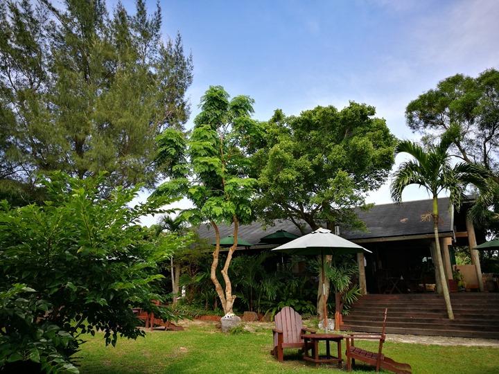 fuucafe22 Okinawa-沖繩瀨底島 綠樹環繞的隱藏版咖啡廳 Fuu Cafe自家咖啡搭配美味披薩與漢堡