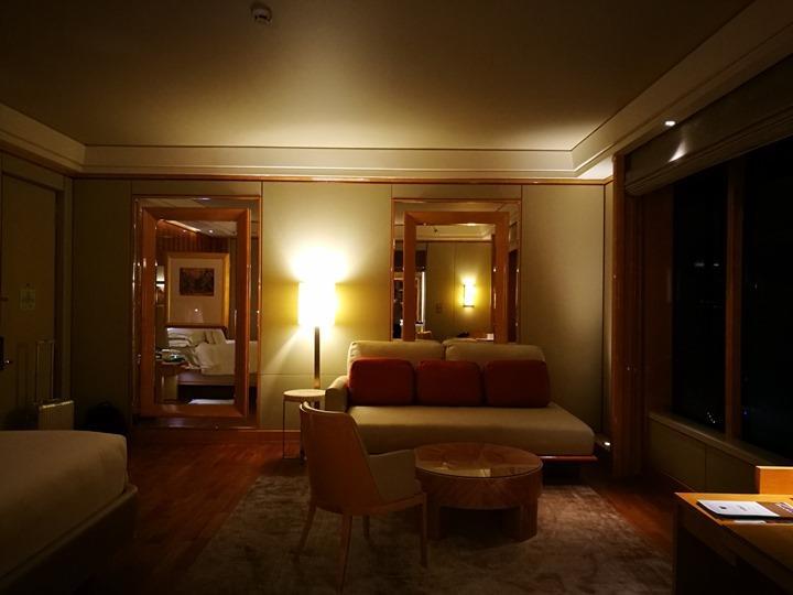 ritzcarltonsigapore001112 Singapore-Ritz Carlton心滿意足的五星級飯店 新加坡最常住的飯店之一