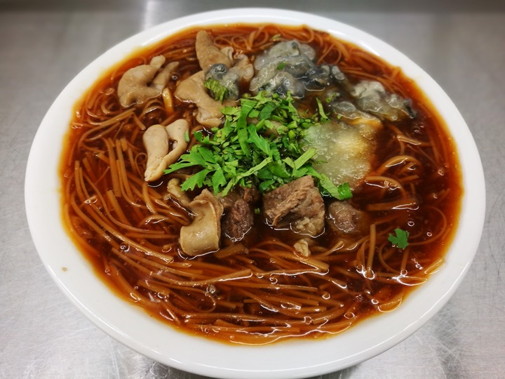 sanfu0108 竹北-三福麵線 可以正餐也可以宵夜的大腸蚵仔牛肉麵線