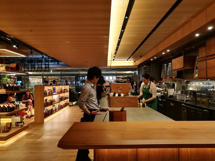 gsixtsutaya24 Ginza-銀座最新購物商場 GSIX櫃櫃都美 蔦屋書店 始終美麗的設計書店