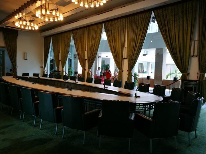 independancepalace070111 HoChiMinh-獨立宮 歷史意義大過建築之美的胡志明必訪景點