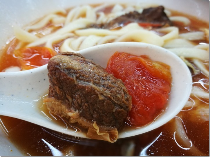 tomotonoodles5_thumb 新竹-東家麵食番茄牛腩麵 湯純肉嫩