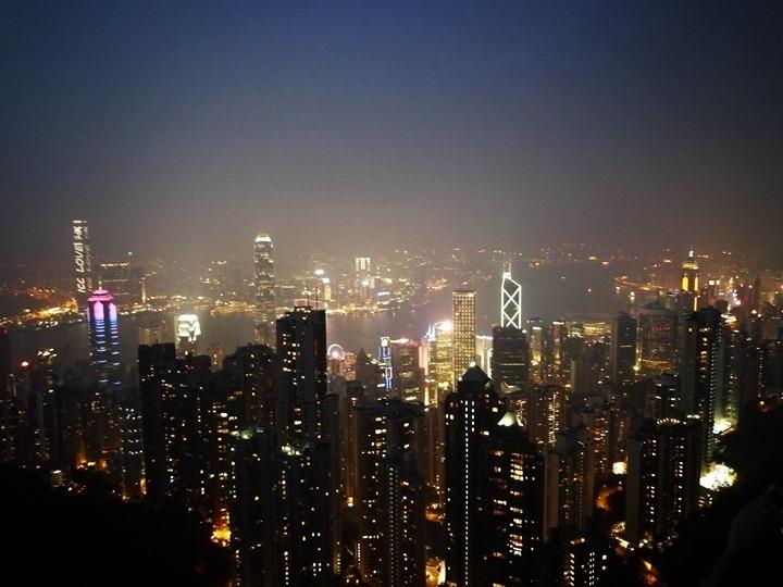 thepeak22 HK-擁擠的太平山The Peak 太平山夜景香港城市的擁擠