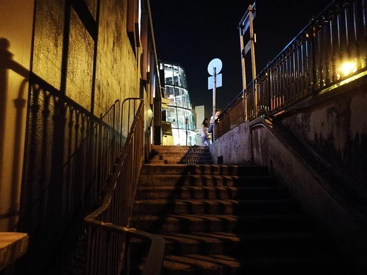 thepeak29 HK-擁擠的太平山The Peak 太平山夜景香港城市的擁擠