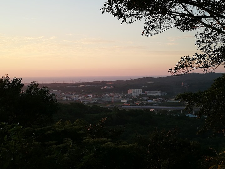 wuliquorbottle09 蘆竹-南崁五酒桶山 輕鬆走看日落