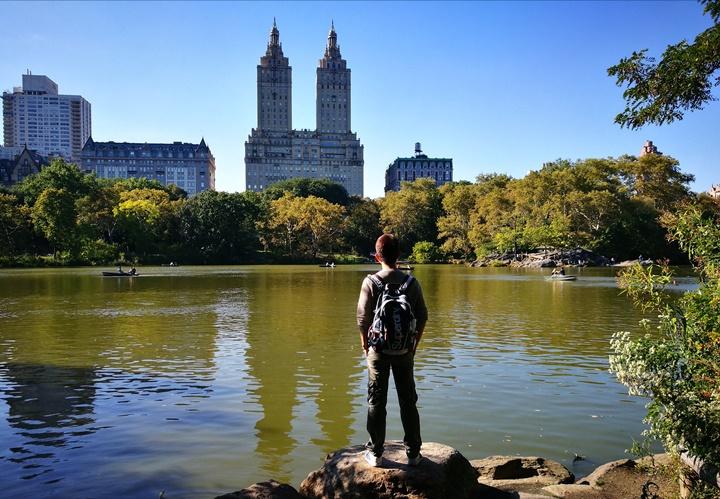 centralpark01 New York-果真大蘋果之紐約真好玩 中央公園 躺著曬太陽也愜意的好所在