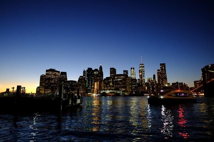 dumboview02 New York-果真大蘋果之紐約真好玩 布魯克林橋下 網紅聖地Dumbo&渡船碼頭賞曼哈頓夜景