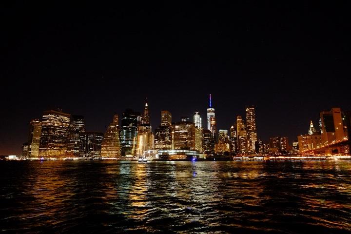 dumboview14 New York-果真大蘋果之紐約真好玩 布魯克林橋下 網紅聖地Dumbo&渡船碼頭賞曼哈頓夜景