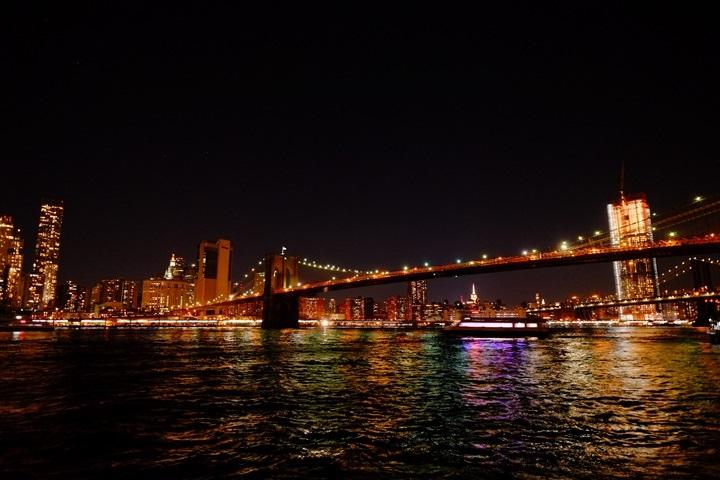 dumboview17 New York-果真大蘋果之紐約真好玩 布魯克林橋下 網紅聖地Dumbo&渡船碼頭賞曼哈頓夜景