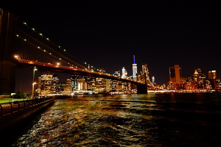 dumboview18 New York-果真大蘋果之紐約真好玩 布魯克林橋下 網紅聖地Dumbo&渡船碼頭賞曼哈頓夜景