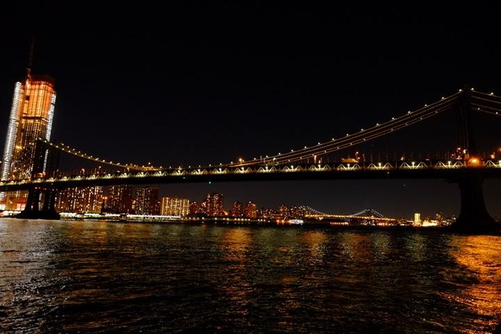 dumboview20 New York-果真大蘋果之紐約真好玩 布魯克林橋下 網紅聖地Dumbo&渡船碼頭賞曼哈頓夜景