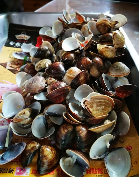 goodtastenodles13 中壢-好滋味麵館 蛤蠣爆多大滿足的海鮮拉麵與蛤蠣湯
