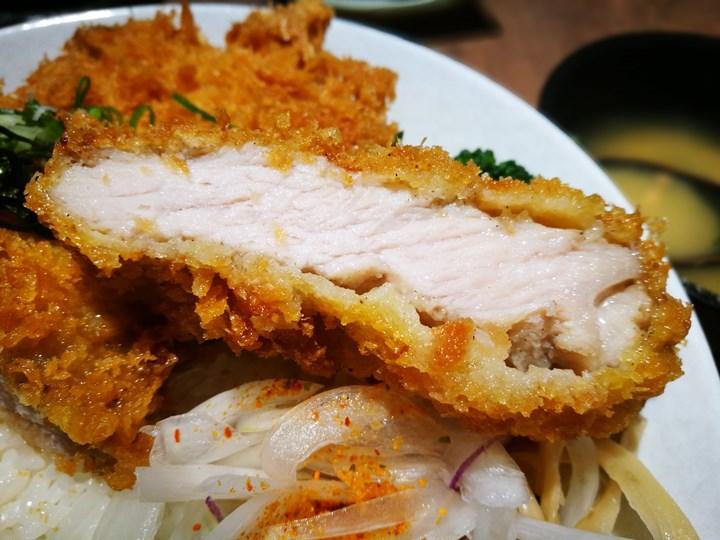 dongoodeat09 竹北-丼好食 寒風中好吃的日式豬排 還有軟嫩入口即化的比目魚鰭邊丼