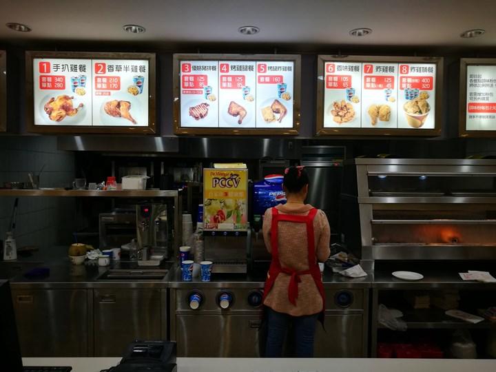 taifeng03 中壢-台風小館 吮指回味樂無窮的烤雞