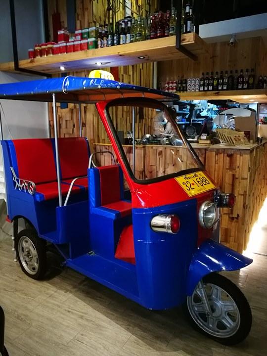 tuktuk08 中壢-圖圖咖啡館 嘟嘟車坐鎮 泰式風味咖啡館
