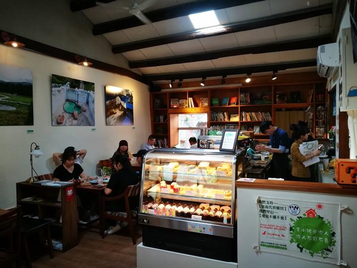 wethey18 中壢-我們他們咖啡 老街溪旁老屋屬於大家的咖啡館