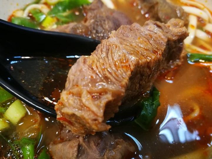 xinmingbeef10 中壢-新明老牌牛肉麵 肉Q彈好吃 湯稍鹹