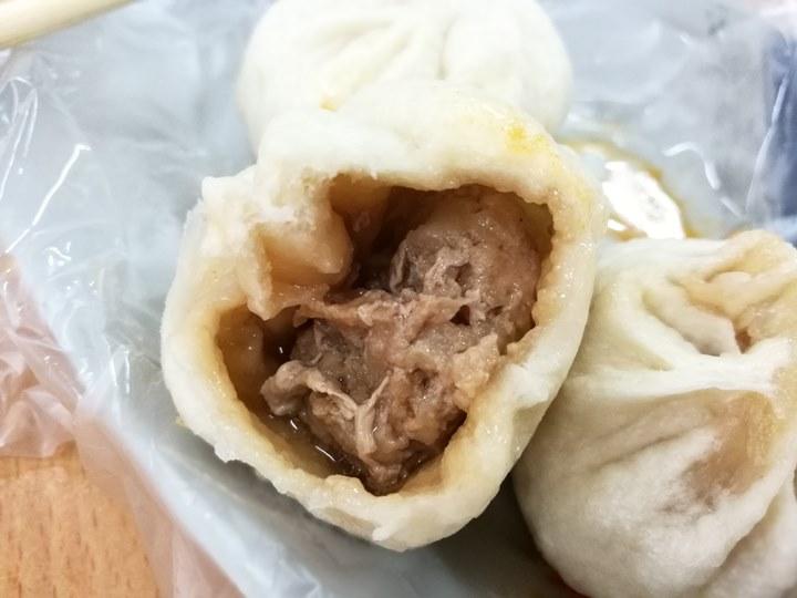 chenbao7 新竹-湳雅街陳家小籠包 皮Q餡多汁