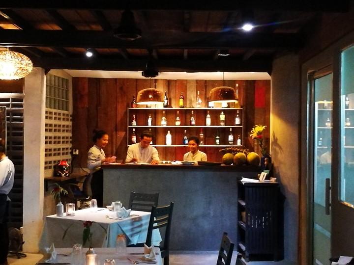 miecafe05 Siem Reap-Mie Cafe暹粒市區高棉式建築 改良式的高棉料理 氣氛一級棒