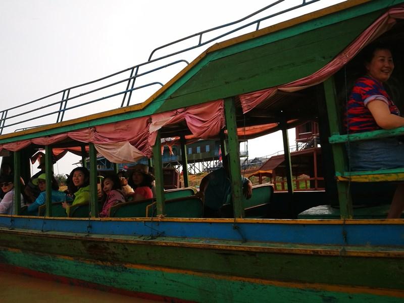 tonlesap06 Siem Reap-Tonle Sap洞里薩湖 柬埔寨的魚米鄉 落後環境中的知足生活