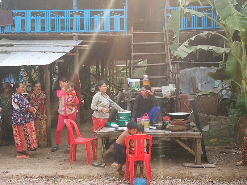 tonlesap13 Siem Reap-Tonle Sap洞里薩湖 柬埔寨的魚米鄉 落後環境中的知足生活
