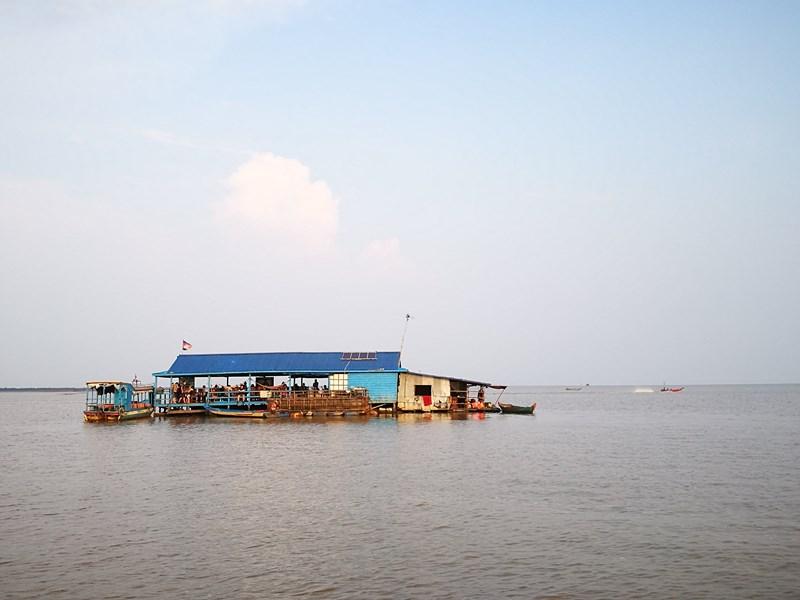 tonlesap32 Siem Reap-Tonle Sap洞里薩湖 柬埔寨的魚米鄉 落後環境中的知足生活