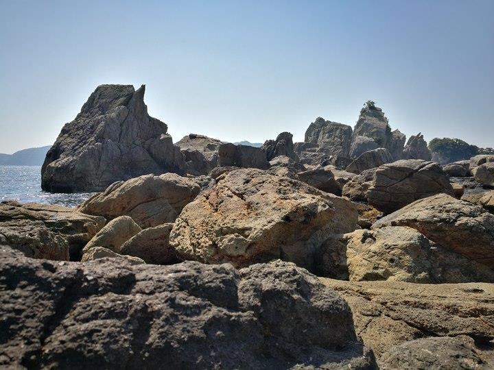Hashiguiiwa0110-1 Kushimoto-橋杭岩 和歌山串本地質奇景