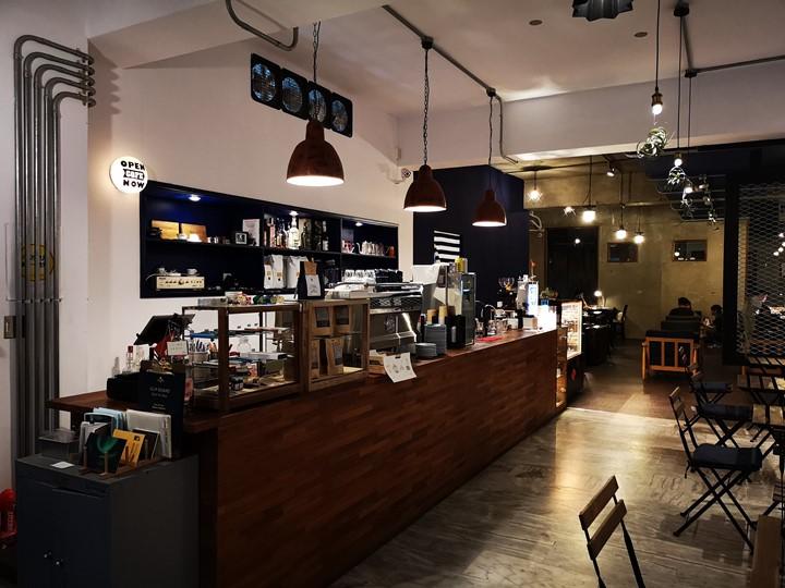 dawncafe07 新竹-續日Cafe 低調靜謐的工業風 清爽細緻的單品咖啡