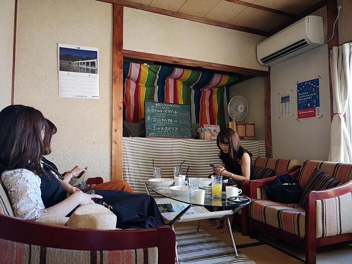konichiwa09 Naoshima-Cafe Konichiwa直島本村港旁 可愛海景咖啡館