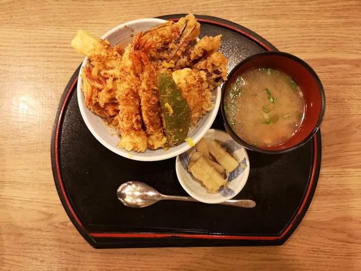 tenkichiya0711 新竹-天吉屋(巨城店) 天丼名店 爽口不油膩的炸物