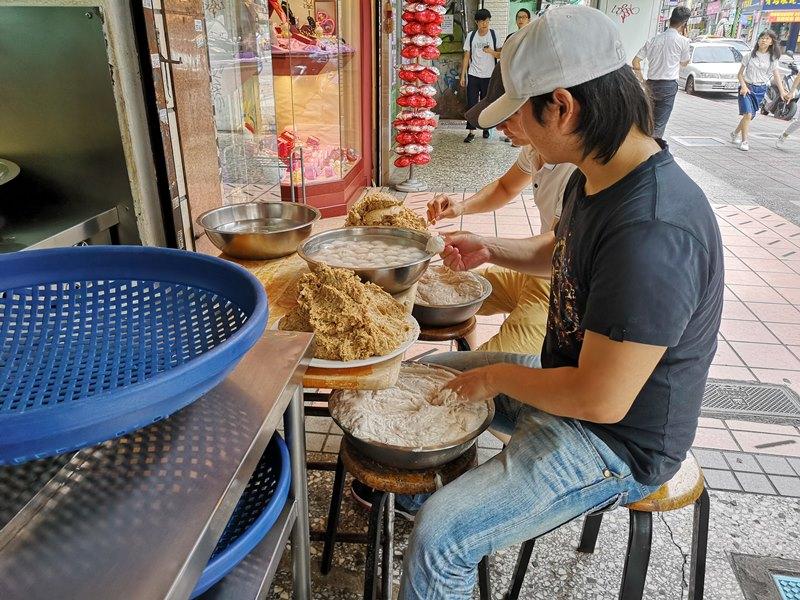 chiaxin2 中正-佳興魚丸 公館的人氣小吃 爽口Q彈的魚丸