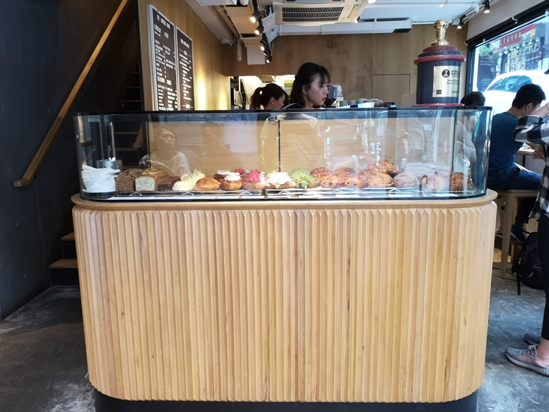 cupping-room06 HK-中環The Cupping Room Central燕麥拿鐵特色 可頌香酥迷人