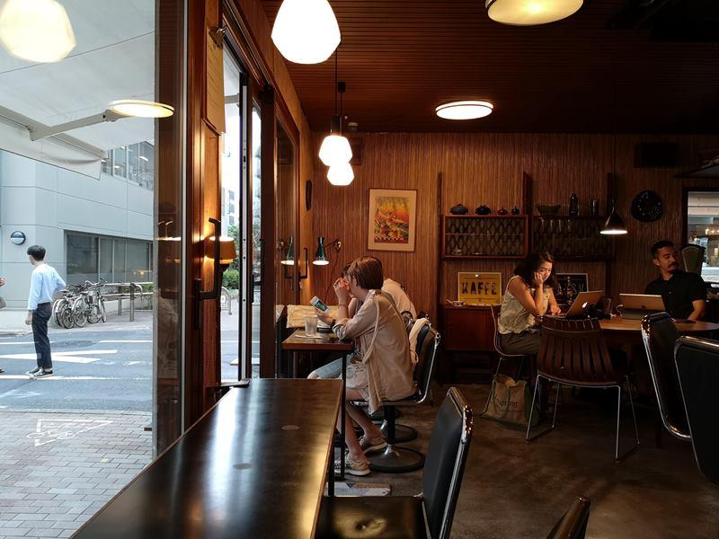 fuglen06 Shibuya-Fuglen Tokyo超好喝的網美咖啡館 澀谷代代木公園旁來自挪威奧斯陸展翅自由飛翔的咖啡館