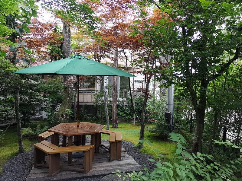 maruyama05 Karuizawa-來喝冠軍咖啡 丸山咖啡輕井澤本店 綠意盎然的林間小屋 環境佳咖啡香