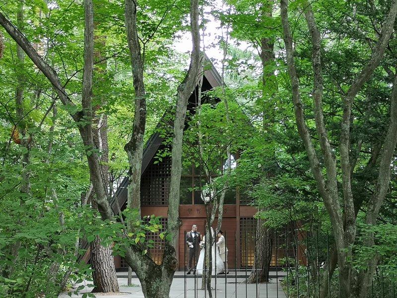 karuizawastreett25 Karuizawa-中輕井澤星野地區 榆樹街小鎮/高原教堂/石之教堂 品一口綠意的優閒雅致