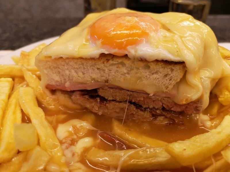 cafesantiago11 Porto-Cafe Santiago波多必吃特色溼答答三明治...熱量爆表