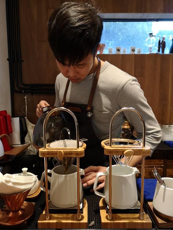artisan20 前金-Artisan Cafe美森咖啡 手沖搭甜點輕鬆自在