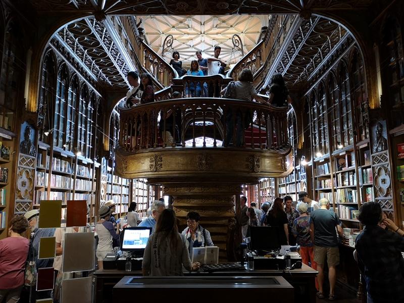 bookstore15 Porto-Livraria Lello波多 世界最美書店之一 JK羅琳加持的波多必遊景點