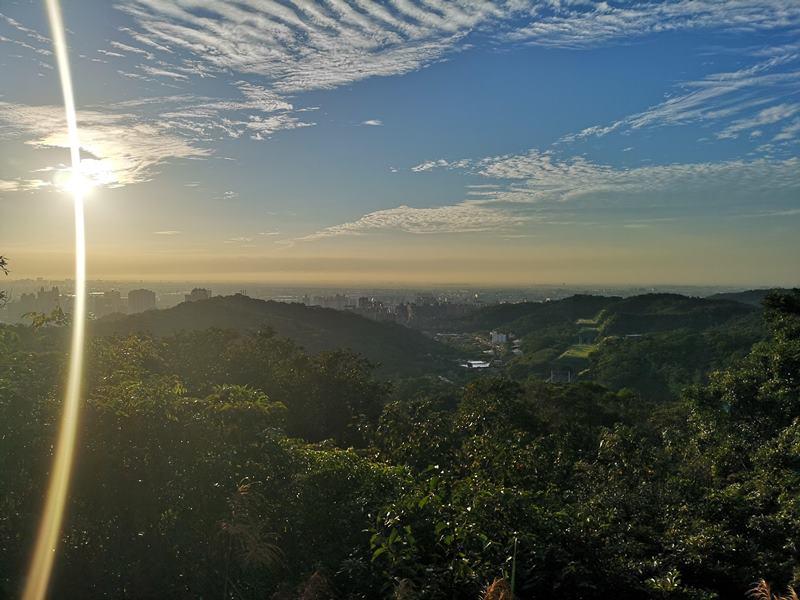 goatpath11 蘆竹-羊稠步道 秋高氣爽散步看高鐵賞落日