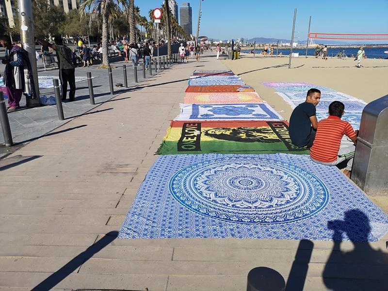 barcelonabeach15 Barcelona-嗨!地中海你好!! 巴塞隆納海岸Platja de la Barceloneta 海天一線超美