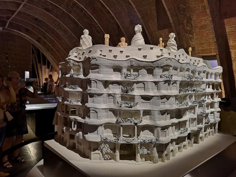 casamila30 Barcelona-巴塞隆納世界文化遺產 高第建築米拉之家 來自外星的設計