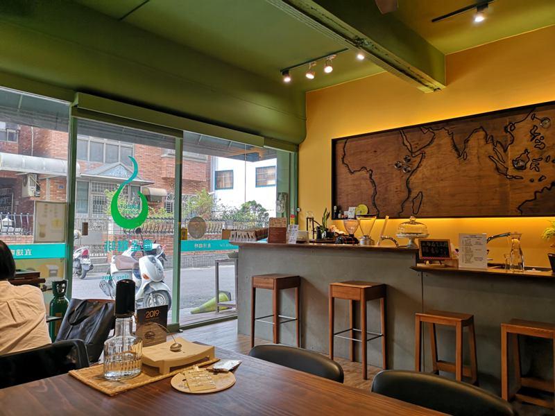 directcoffee08 新竹-直達咖啡 因為愛喝咖啡所以開了一家咖啡店...有心人的咖啡館